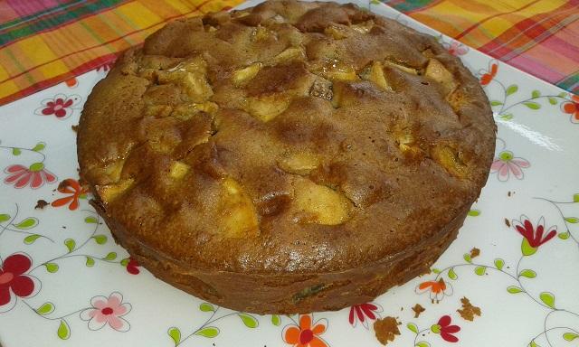 Gâteau rustique aux figues et pommes